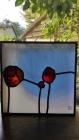 vitrail-fleurs-rouges